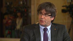 Puigdemont, durant l'entrevista amb Toni Cruanyes
