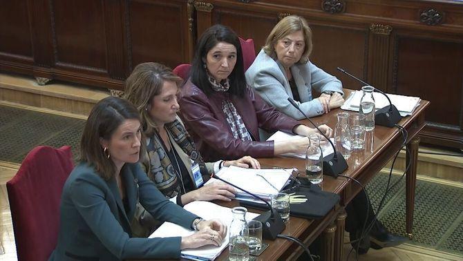 Cuatro expertas cifran en al menos 917.000 euros los fondos públicos destinados al 1-O
