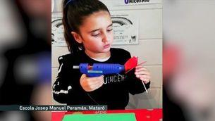 Alumnes, docents i famílies comparteixen lectures, roses i animacions virtuals de Sant Jordi