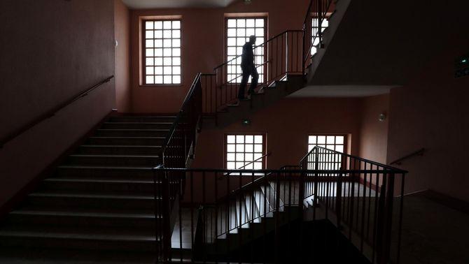 Interior d'un institut de secundària de Niça, tancat pel coronavirus (Reuters / Eric Galliard)