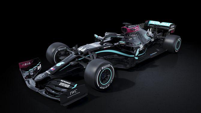 Mercedes pinta de negre els seus monoplaces del 2020