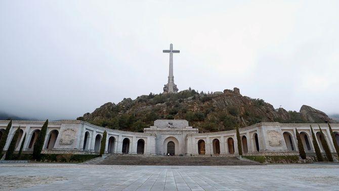 Exterior de la basílica del Valle de los Caídos