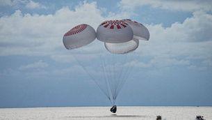 Torna a la Terra el primer vol turístic a l'espai en orbitar el planeta