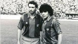 Maradona s'acomiada de Quini