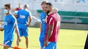 Memphis amb Koeman, en un entrenament (FCB)