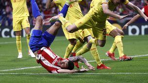 Griezmann marca 2 gols i acaba expulsat amb polèmica