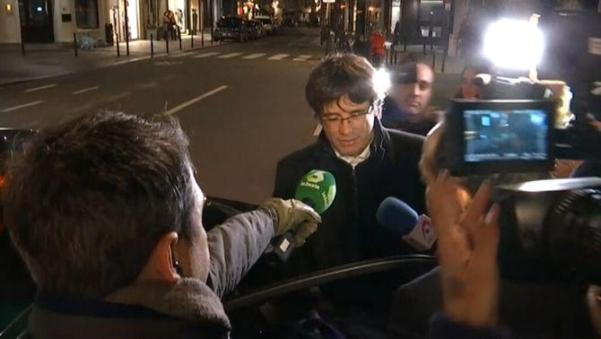 Puigdemont es queda a Brussel·les, i Forn, Bassa i Puig tornen a Barcelona