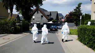 Confinen 370.000 persones a Alemanya pel brot de coronavirus en un escorxador