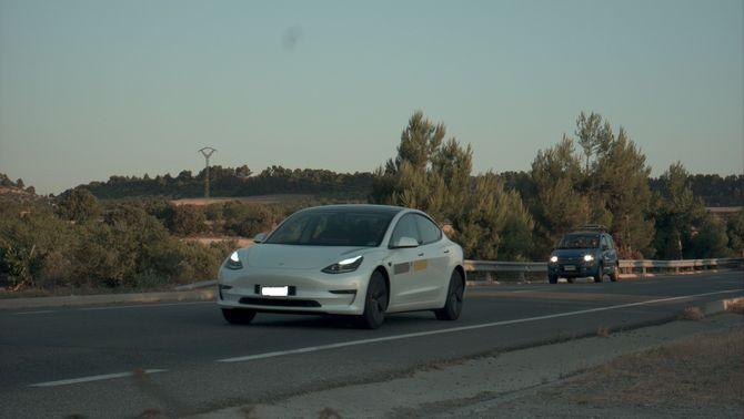 Pla obert del cotxe enxampat en un control de velocitat dels Mossos circulant a 187 km/h a la C-14 a l'Urgell en un tram limitat a 90. Imatge d…