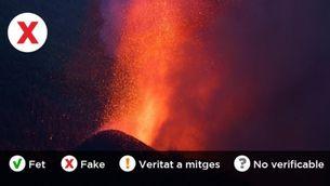El volcà Cumbre Vieja en plena erupció, aquest dilluns de matinada a La Palma