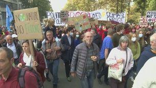 Unes 25.000 persones es manifesten a Brussel·les per demanar accions climàtiques dràstiques