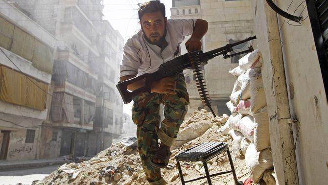 """""""The New York Times"""" revela l'existència d'un pont aeri secret per enviar armes als rebels sirians amb ajuda de la CIA"""