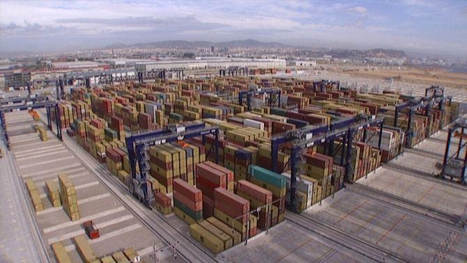 Hutchinson inverteix 150 milions més al port de Barcelona