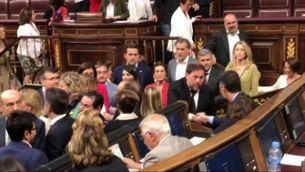 Oriol Junqueras saluda Pedro Sánchez al Congrés