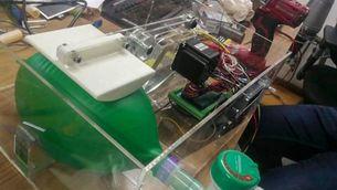 Impressores 3D de tot Espanya fabriquen respiradors i material sanitari pel coronavirus