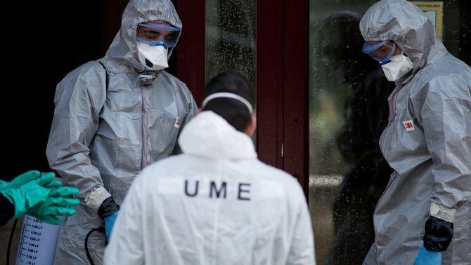 Coronavirus: l'exèrcit troba avis morts al seu llit en residències