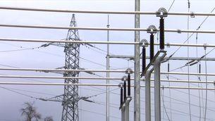 Menys guanys per a les elèctriques, entre les mesures per rebaixar el rebut de la llum