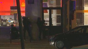 Imatges de l'assalt policial a la sala Bataclan