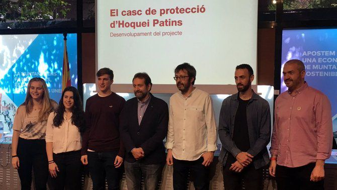 La Federació Catalana de Patinatge obre un debat sobre l'ús del casc obligatori