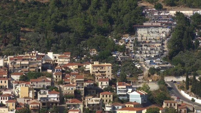L'illa de Samos, un paradís convertit en presó oberta per a milers de migrants