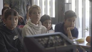 """Imatge del documental de """"Sense ficció"""" """"La nova escola"""""""