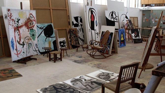 """""""Els tallers de Joan Miró"""" mostren la petjada de l'artista universal i l'ànima dels seus tallers"""