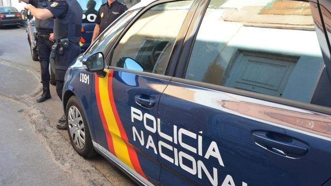 Detingut un home per agredir i retenir la parella embarassada a Madrid