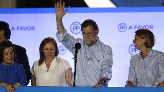 """El PP surt reforçat de la repetició electoral i el PSOE evita el """"sorpasso"""""""