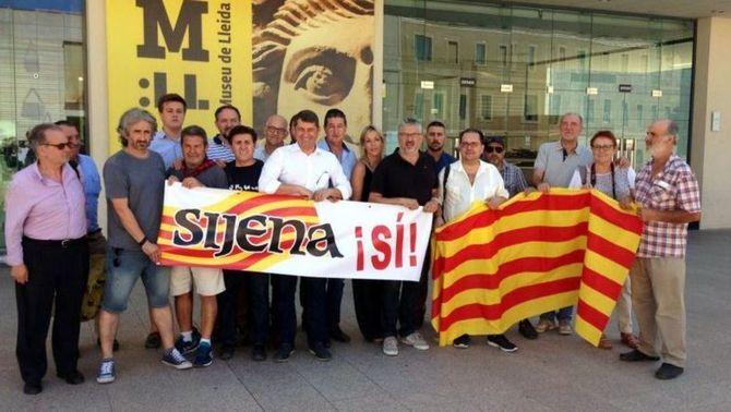 Membres de la plataforma Sijena Sí causen moments de tensió al Museu de Lleida