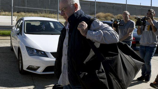 """Rato entra a la presó de Soto del Real: """"Demano perdó a la societat"""""""