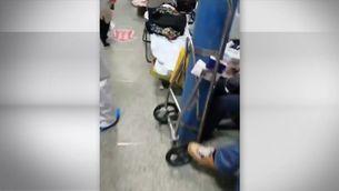 Caos als hospitals a Wuhan. La Xina construirà un hospital en 10 dies a la ciutat per al coronavirus