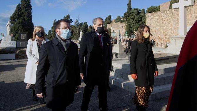 """Crítiques en les ofrenes a Macià al discurs """"buit"""" i """"insensible"""" de Felip VI"""