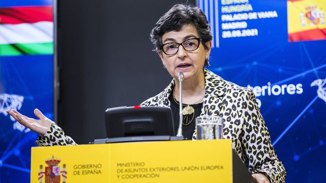 La ministra d'Exteriors, Arancha González Laya, durant una roda de premsa el mes de maig