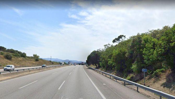 Mor un motorista de 18 anys en un accident a l'AP-7, a Maçanet de la Selva