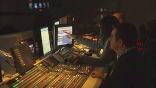 Els treballadors de Canal 9 es fan forts dins de les instal.lacions