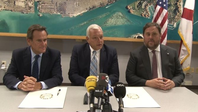 Junqueras, amb els directors dels ports de Barcelona i Miami, Sixte Cambra i Juan Kuryla