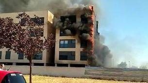 Apagat un incendi en un edifici de cinc plantes al barri dels Magraners de Lleida