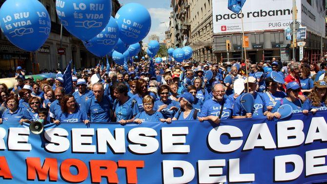 La protesta contra el Pla Hidrològic de la Conca de l'Ebre es trasllada a Barcelona