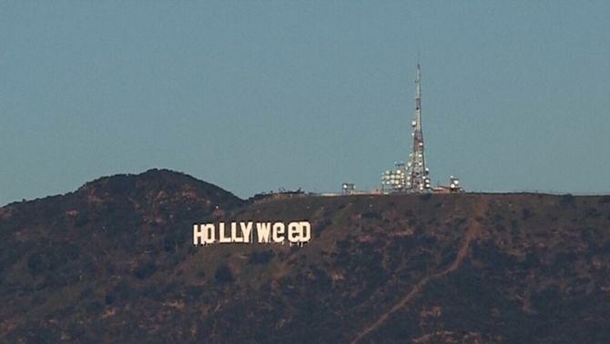 Converteixen el cartell de Hollywood en un reivindicació de la marihuana