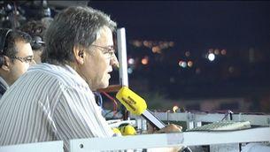 Joaquim Maria Puyal a la cabina de retransmissió