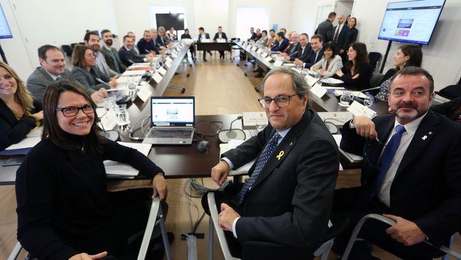 La secretaria general de Diplocat, Laura Foraster; el president de la Generalitat, Quim Torra; i el conseller d'Acció Exterior, Alfred Bosch. 1…