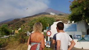 El volcà Stromboli entra en erupció i causa un mort i dos ferits
