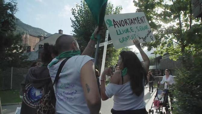 """La realitat del dret a l'avortament a Andorra a """"Sense ficció"""""""