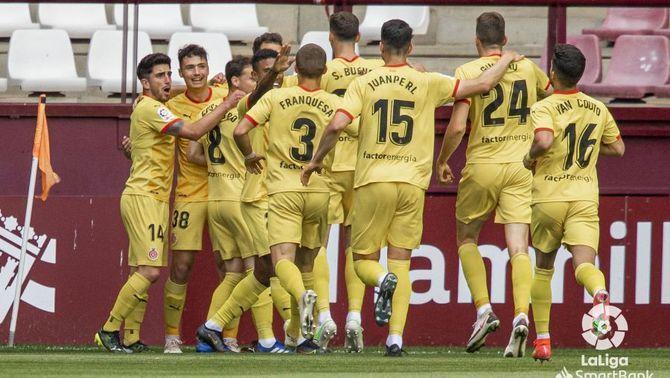 El Girona goleja el Logronyès (1-4) i suma la quarta victòria consecutiva que el manté en zona de play-off