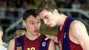 Gasol, amb Jasikevicius, l'any 2001