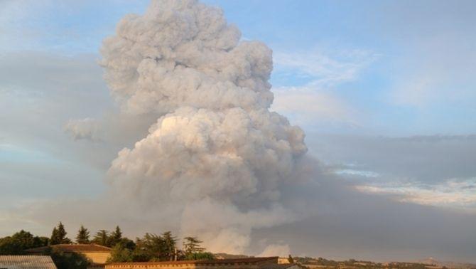 El pirocumulonimbus que es va formar en l'incendi forestal que va afectat la Conca de Barberà i l'Anoia aquest juliol