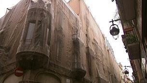Imatge de la façana on s'havia de fer l'hotel del Palau.