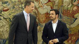El rei i Alberto Garzón, aquest dimarts, al palau de La Zarzuela (EFE)
