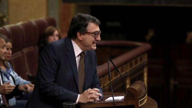 """El PNB fa caure Rajoy: """"Responem al que demana la majoria de la societat basca votant sí"""""""