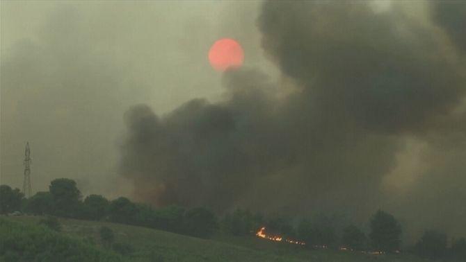 Imatge dels incendis que assolen aquesta setmana Grècia